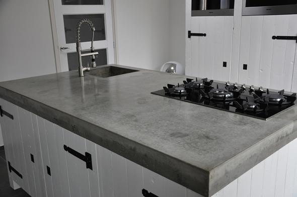 beton aanrechtblad in moderne, klassieke keuken